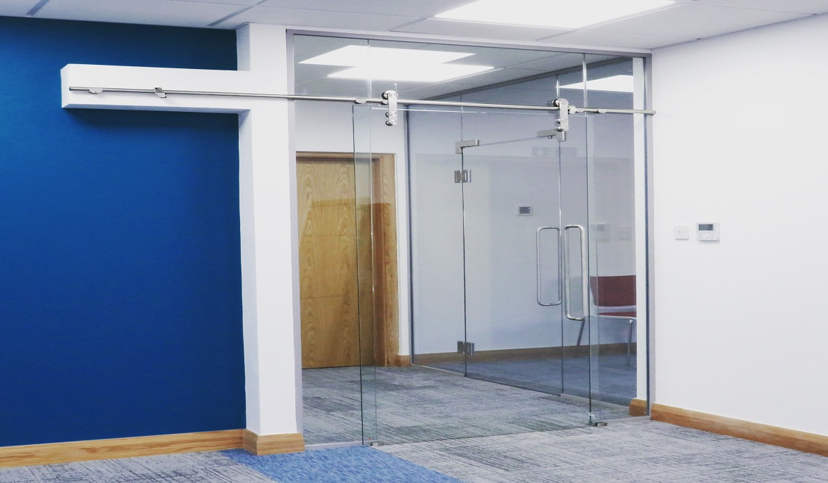Glass And Doors Gointeriors
